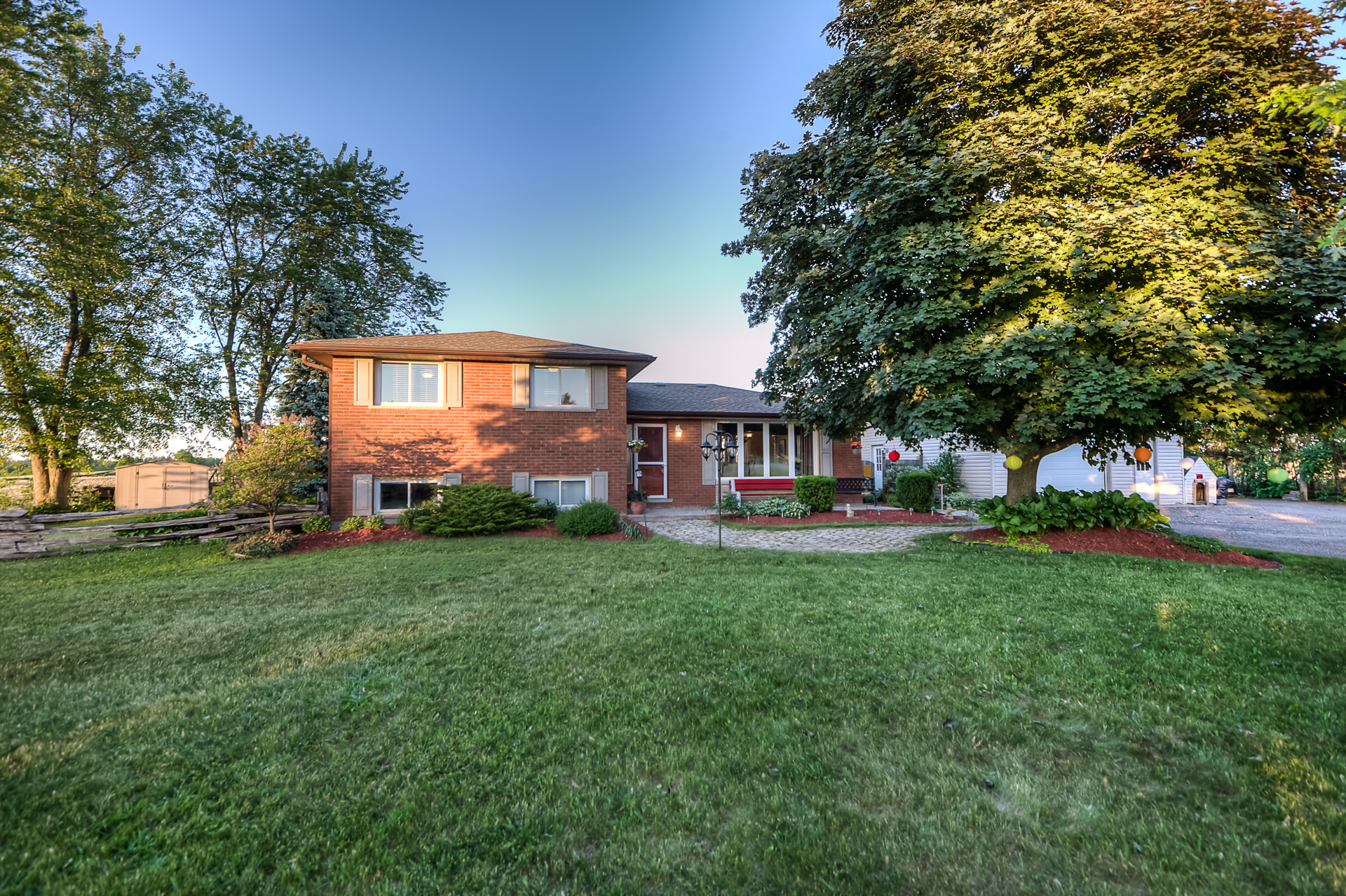 Welcome Home to 4565 Wellington Rd. 32, Puslinch